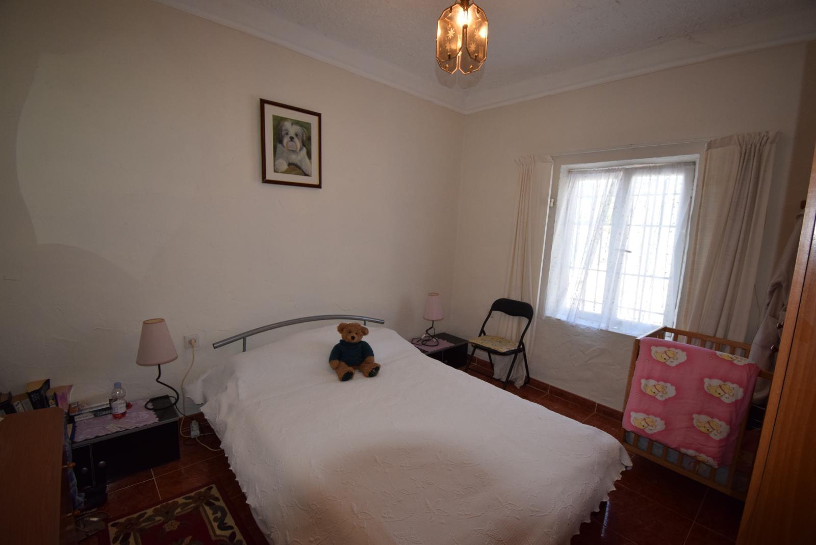4 BEDROOM 3 BATHROOM RURAL HOUSE PLUS SEPARATE  2 BED 2 BATH GUEST HOUSE