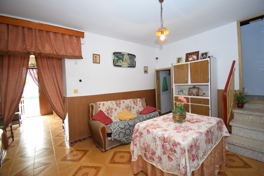 SPACIOUS VILLAGE HOUSE WITH LOTS OF OUTSIDE SPACE